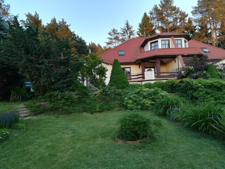Apartament -Dom nad jeziorem w Głęboczku