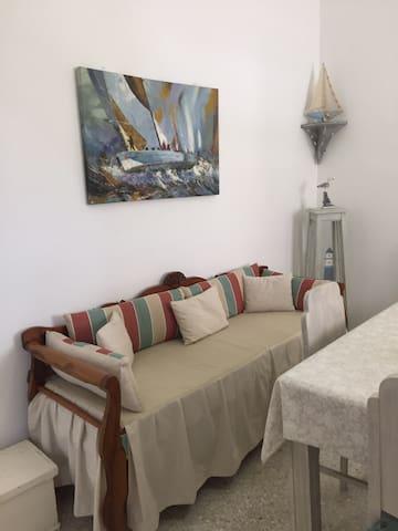 Smaragda's Apartment