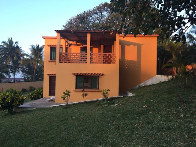 Xai-Xai Beach - Family Holiday Home