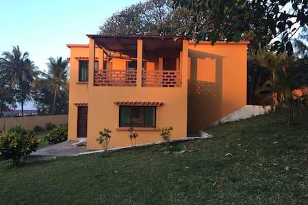 Xai-Xai Beach - Family Holiday Home
