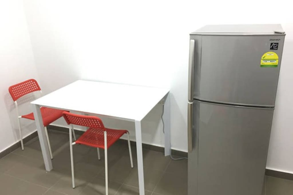 Coffe Table and Fridge