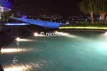 Infinity pool with Seaview
