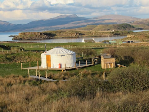 Mull Yurts - Peace and tranquility!