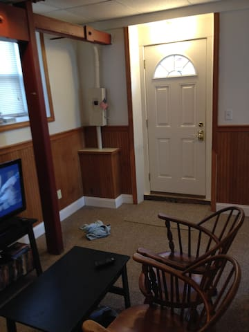 This is inside the front door sitting area with TV and DVD player - No cable