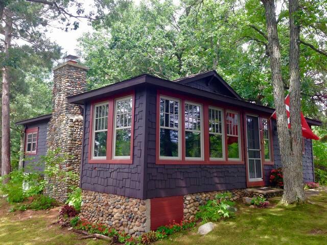A 1917 Lake Cottage