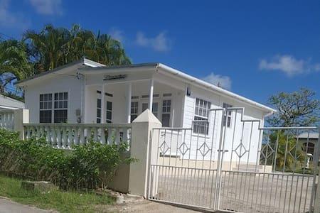 Simeon Dwellings - Cosy 2 Bedroom Cottage