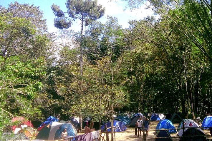 Camping e aluguel de barracas!