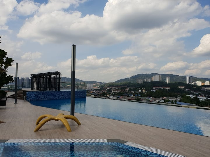 Spectacular Condo directly linked to MRT@Saville