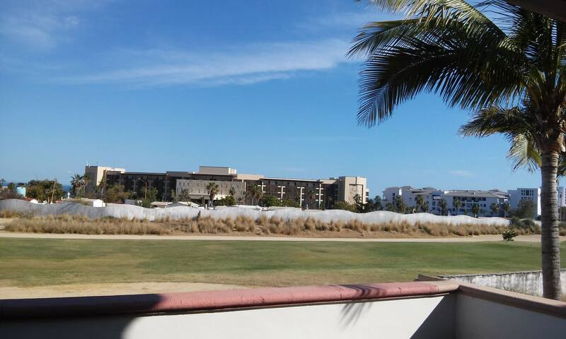 Suite at the hotel area for the best price! - San José del Cabo