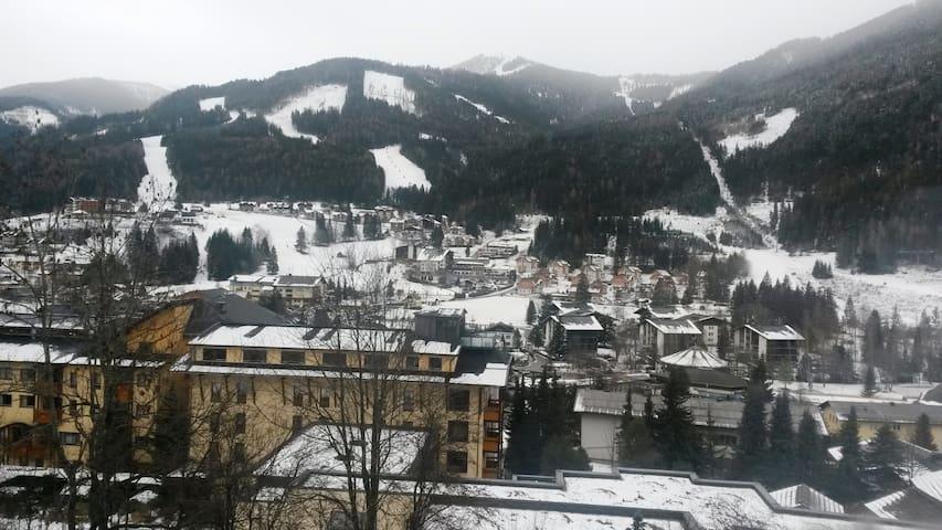 Vista su Bad Kleinkirchheim dalla nostra collinetta