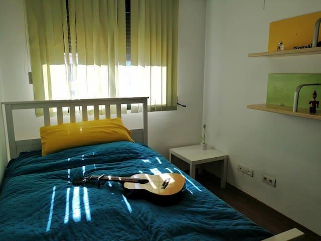 Habitación nº 2 con armario