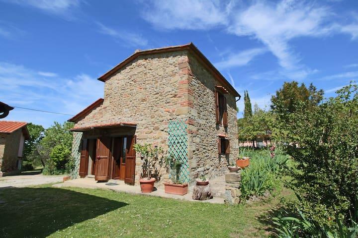 Einladendes Bauernhaus mit Swimmingpool in der Toskana