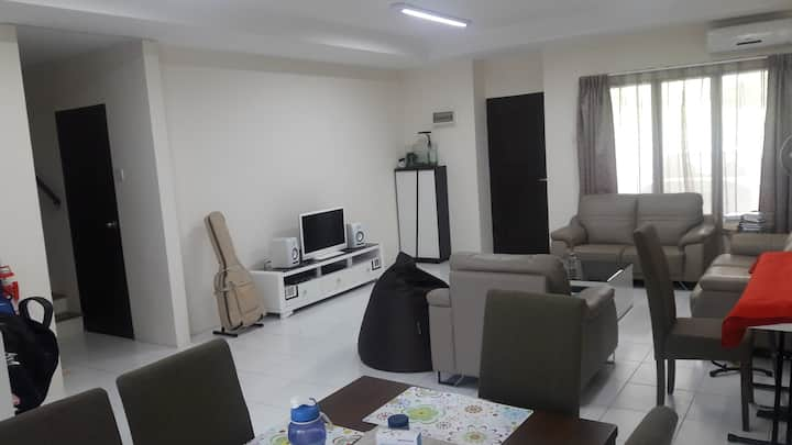 MJC One Residency Home Stay