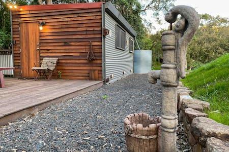 Cosy Farm Cabin in the heart of The Upper Hunter