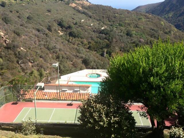 NiceGuest- w/ bathroom. Pool/ hot tub. Los Angeles - Los Angeles