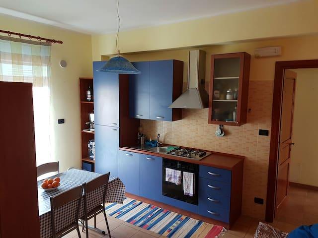 App.to e terrazza solarium al mare - Milazzo - Leilighet
