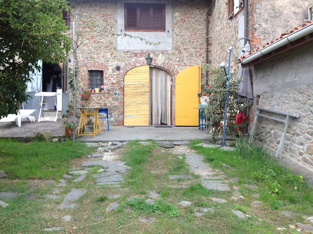 Alla Porta Gialla - Lucca - Pis