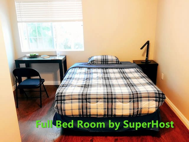 SuperHost = Reliable service. Full-bed&Shared-Bath - West Covina