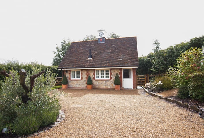 Sakers Cottage
