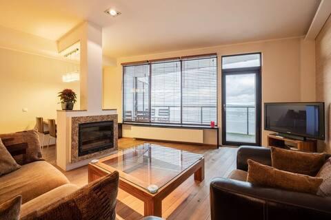 Sea view modern beach apartment!