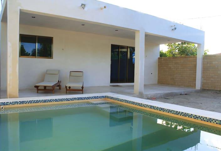 New Beach House Near All Atracctions