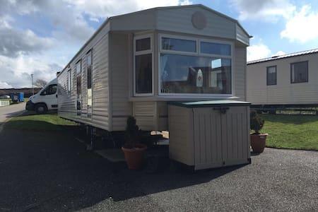 Newquay View Caravan - Cornwall