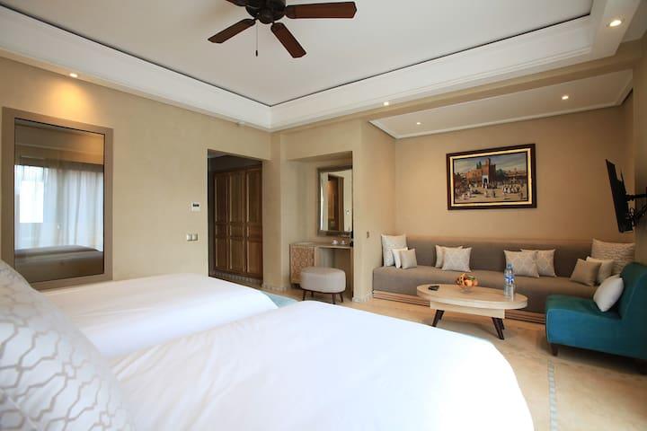 Superior suite Medina