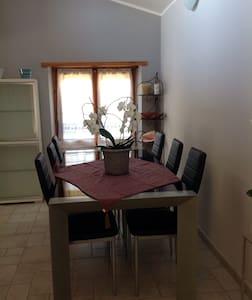 Appartamento mansardato a Fiano - Fiano - Apartmen