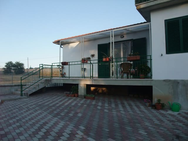 Bed & Breakfast IL LAURO - Larino - Pousada