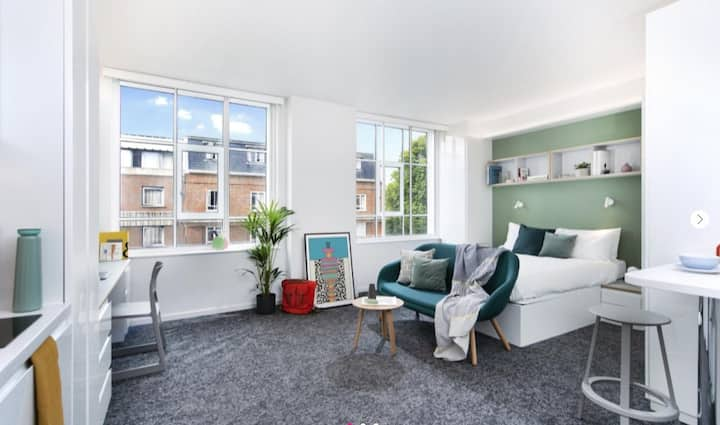 Fivestar Standard Two Bedroom Apartment