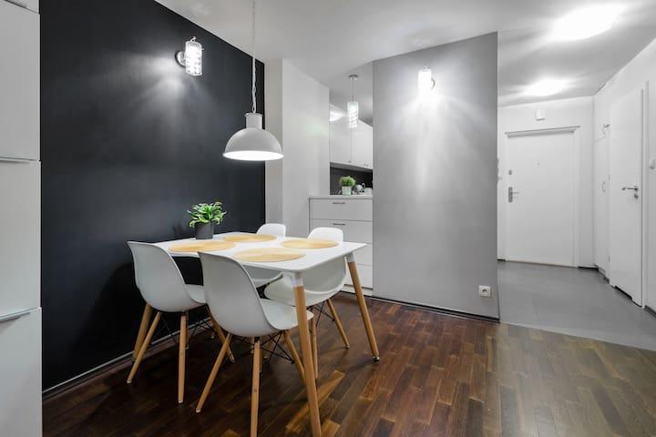 Ujazdowski Park Sunny Apartment