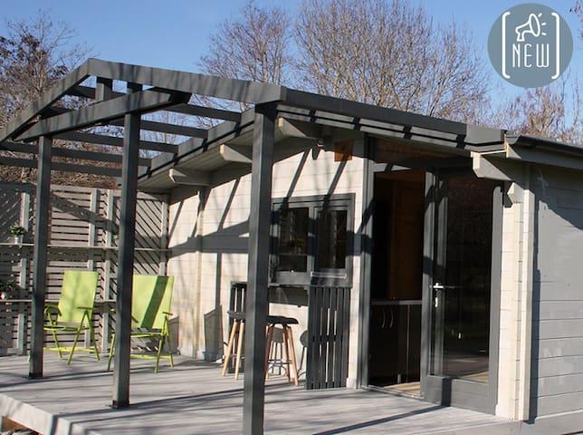 Chalet cosy en pleine nature, piscine & services - Saint-Étienne-de-Villeréal