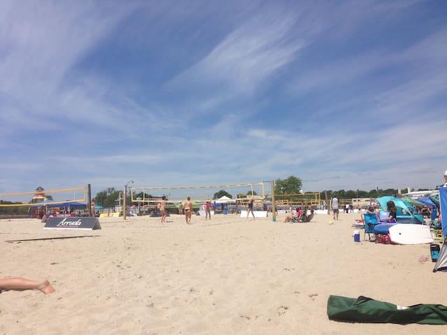 Ocean beach park 5 min to drive