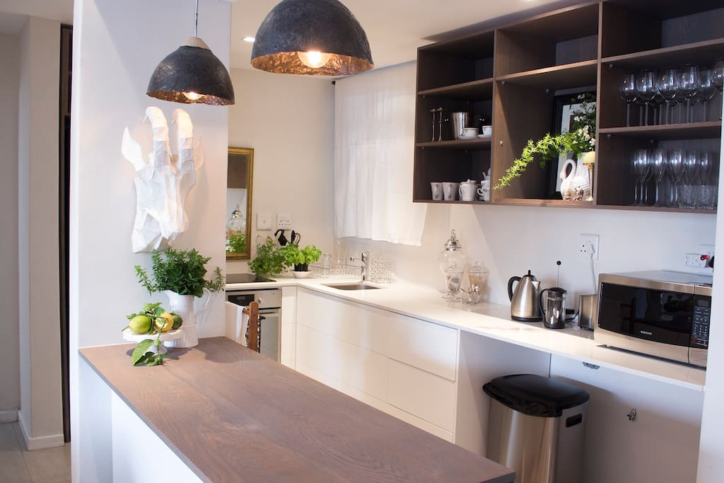 Open plan, fully functional kitchen