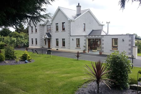 Westborough House B&B  Double room ensuite - Bed & Breakfast