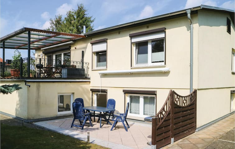 Holiday apartment with 2 bedrooms on 60m² in Alt Bukow OT Teschow