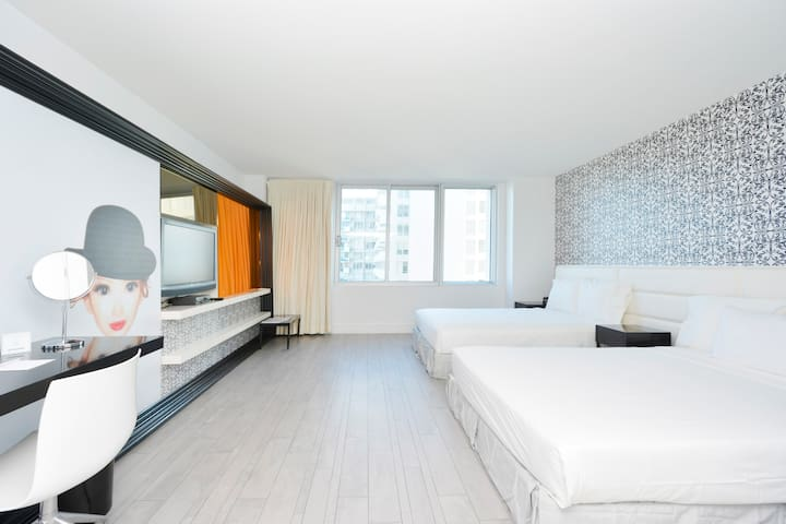 South Beach Studio in a 4* Hotel #103 2 queen bed