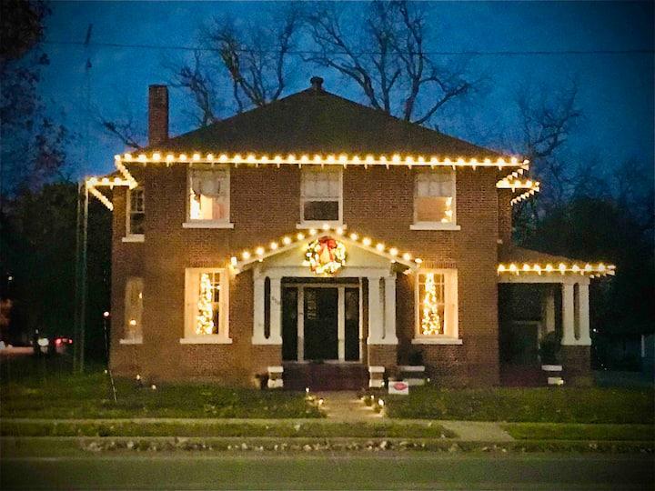 ♥The Oak House♥ Magnolia/Silo/Baylor/Downtown West