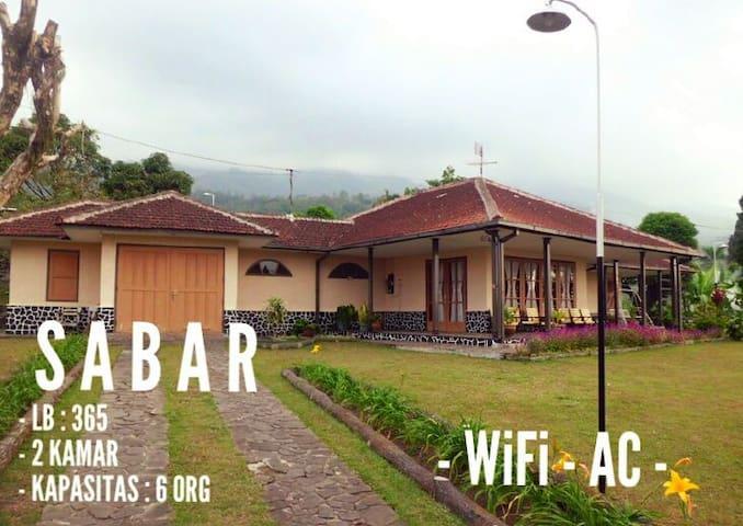 Villa de Nusa SABAR