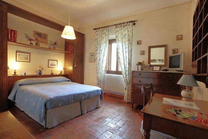 Villa Nobili B&B Blue Room in Florence Hills