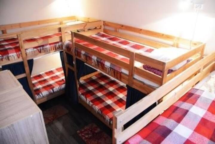 6 Bed Dorm Room - Mixed