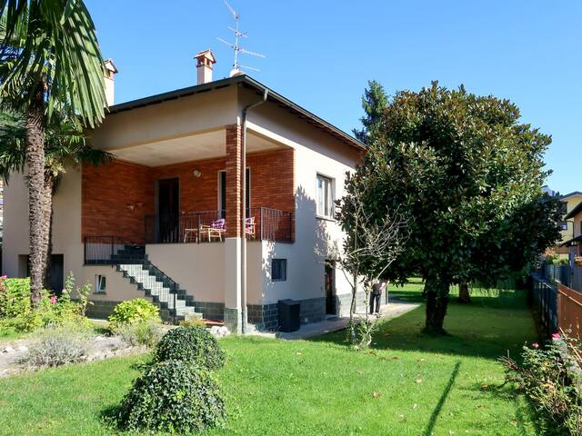 Holiday Apartment Giardino for 2 persons in Porlezza