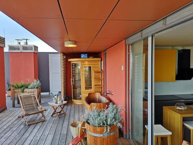 Nina & Klemen's Embassy terrace app. Ljubljana