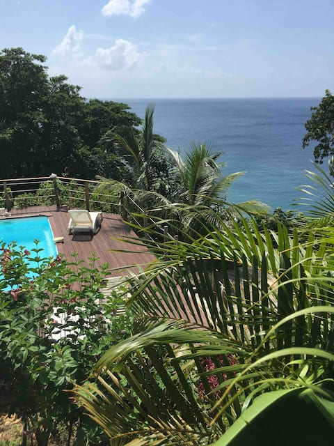 Kaylidoudou au Carbet  vue à 180° mer des Caraïbes