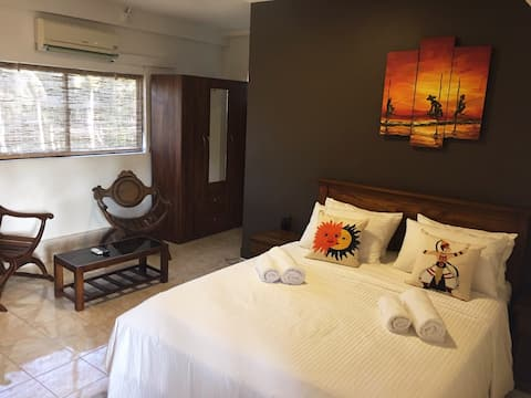 SL02/Private beach/ Max 3people/1bedroom/Wifi/Gym/