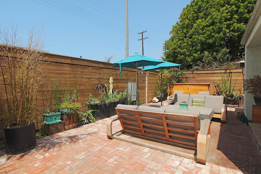 front seculded by 8 foot fence for complete privacy