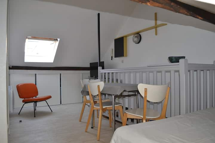 Studio chez Astik