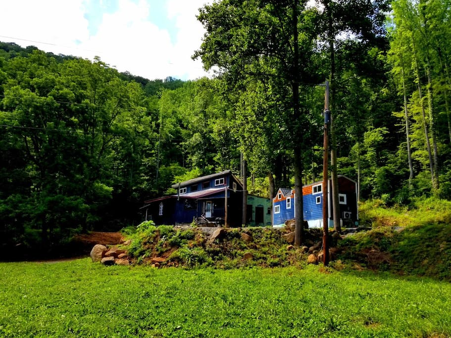 Secluded Tiny House By The River Houses For Rent In