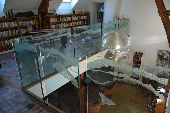 Chambre dans maison de campagne avec piscine — 2