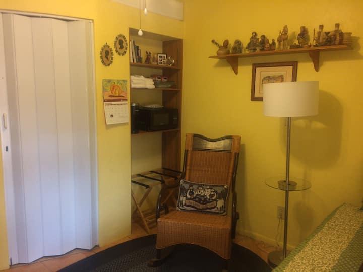 Private Guestroom in Historic Barrio Viejo.
